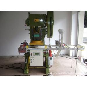 山东皮革自动送料模切机
