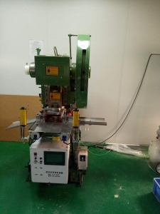 浙江片材自动模切机